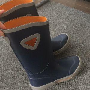 Elements rain boots